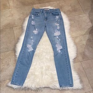 Levi's 721 High Rise Skinny Destroyed Jeans